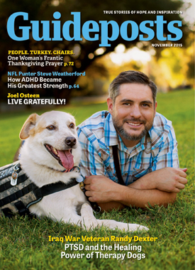 The cover of the Nov 2015 edition of Guideposts, featuring Iraq War veteran Randy Dexter and his therapy dog