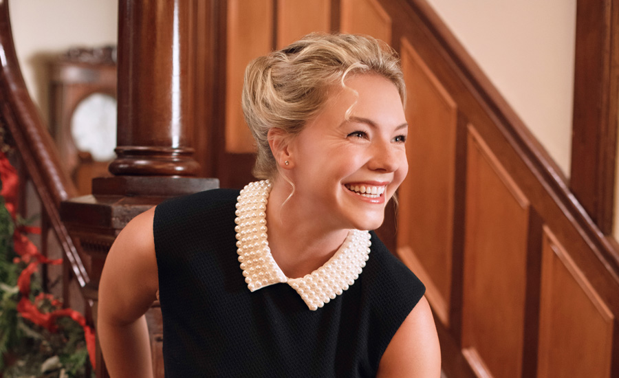 Hallmark Just In Time For Christmas Eloise Mumford | Guideposts