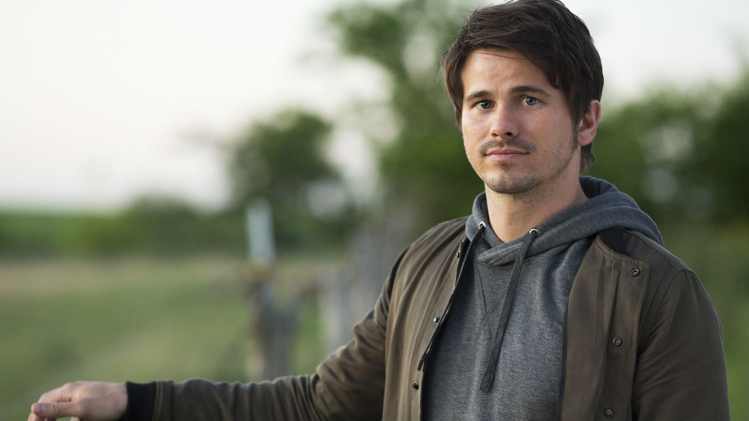 """Jason Ritter in """"Kevin Probably Saves The World"""