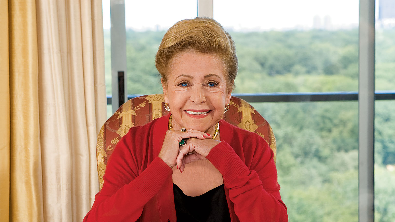 Bestselling author Mary Higgins Clark