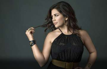 Hillary Scott's New Album 'Love Remains'