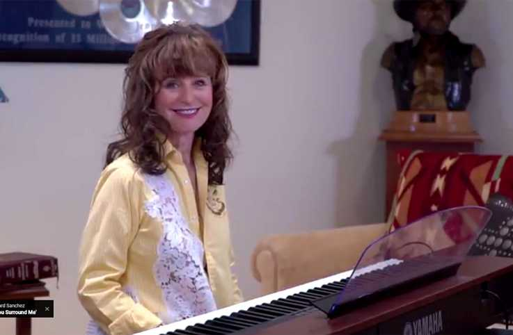 Singer-songwriter Jessi Colter