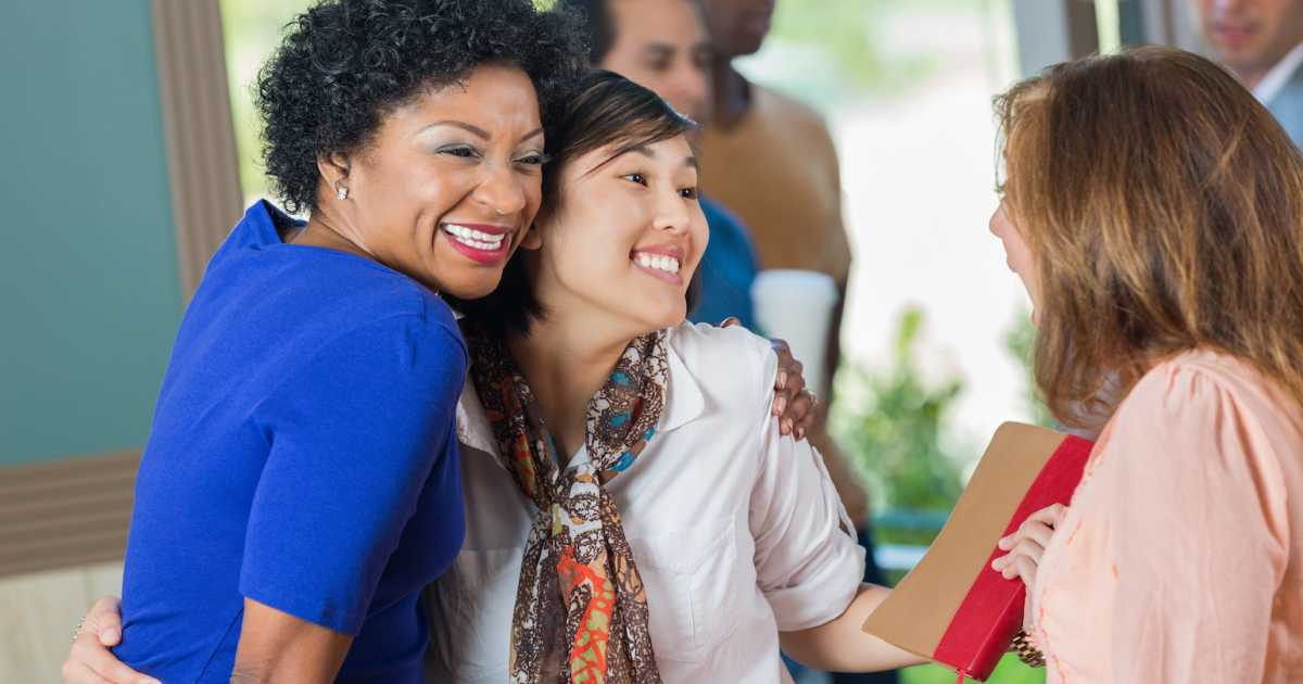 5 ways to welcome newcomers to your church guideposts m4hsunfo