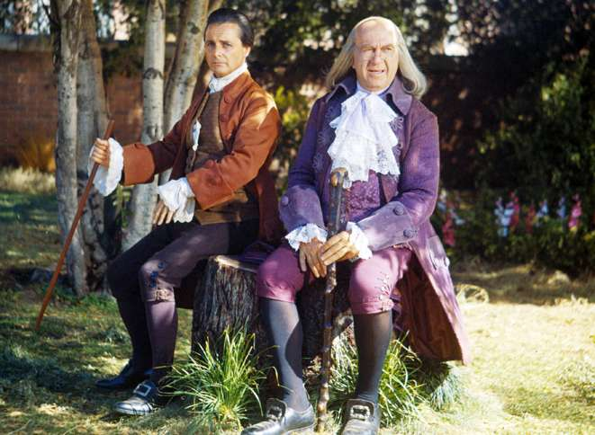 William Daniels as John Adams and Howard da Silva as Benjamin Franklin in a scene from 1776