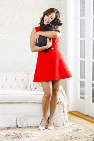Carrie Ann Inaba poses with Peanut