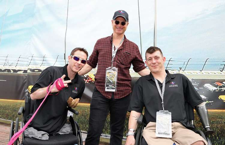 Gary Sinise helping veterans and active servicemen and women