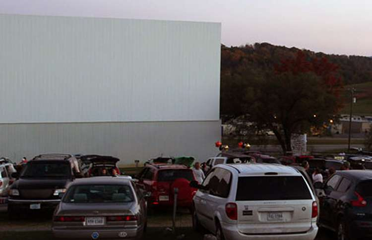 Cars pack Hull's Drive-in, waiting for the show to start