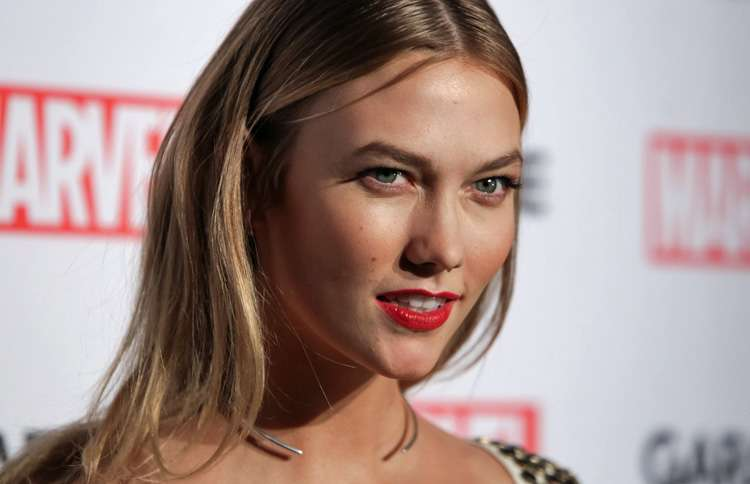Karlie Kloss launches #KodeWithKarlie