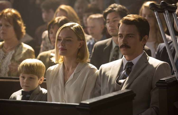 Guideposts: Kate Bosworth plays Eva Piper, Hayden Christensen plays Don Piper in the motion picture 90 Minutes in Heaven.