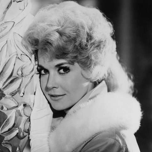 """Guideposts: Actress Donna Douglas, Elly May Clampett on """"The Beverly Hillbillies"""""""